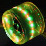 FunTomia LED Long­board/Skate­board Rollen