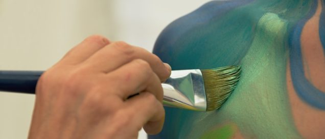 Bodypainting-Farbe-Test