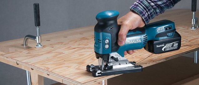 Makita-Stichsäge Test